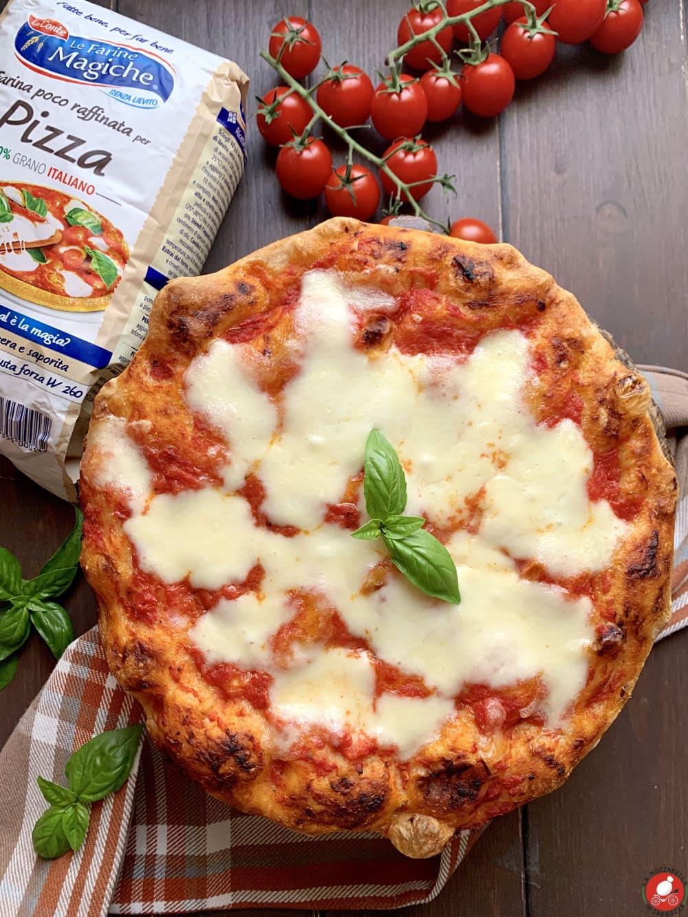 La Mozzarella in Carrozza - Pizza, impasto base