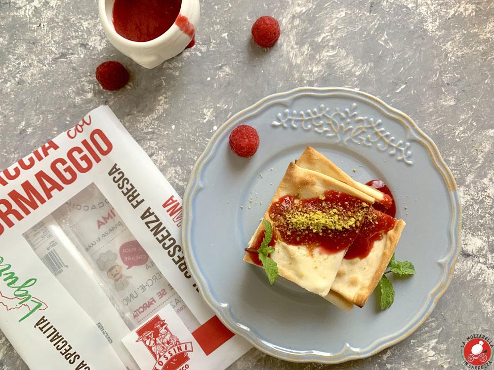 La Mozzarella in Carrozza - @Tossini cheese Focaccia with raspberry coulis
