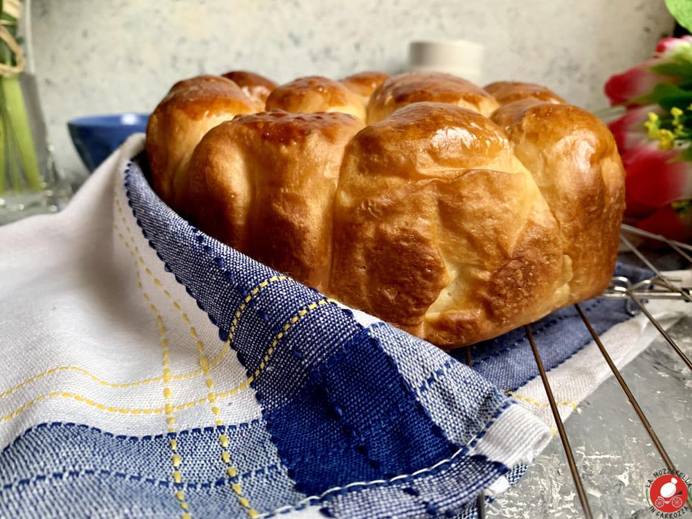 La Mozzarella in Carrozza - Sweet brioche