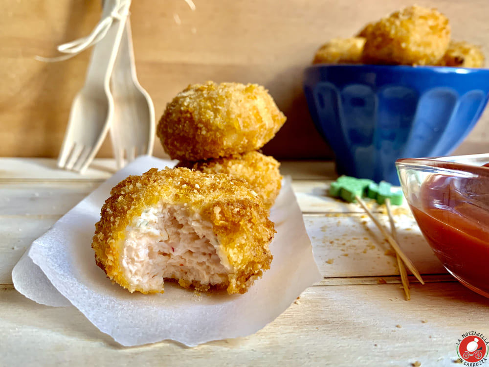 La Mozzarella in Carrozza - Baked chicken nuggets