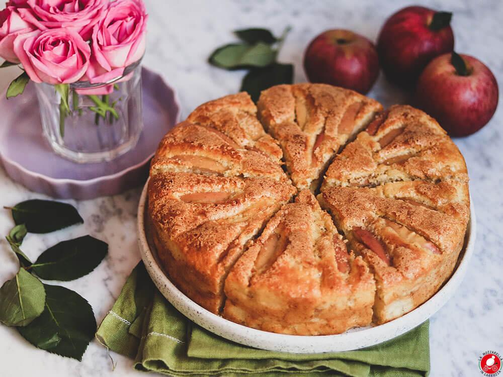 La Mozzarella In Carrozza - Torta di mele e yogurt greco