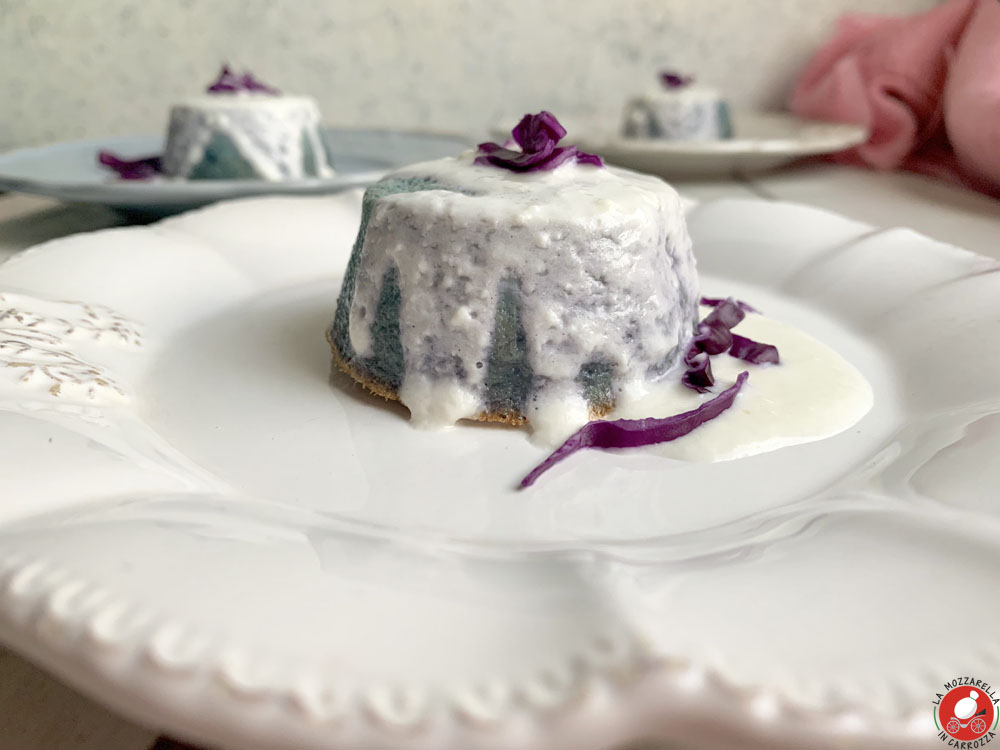 La Mozzarella in Carrozza - Purple cabbage flan