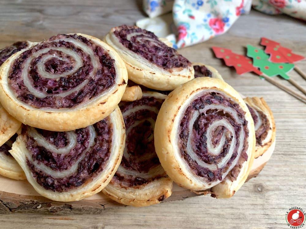 La Mozzarella In Carrozza - Radicchio puff pastry roulades
