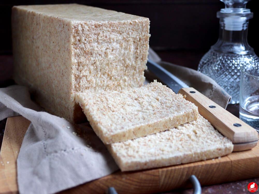 La Mozzarella In Carrozza - Pancarrè o pane in cassetta