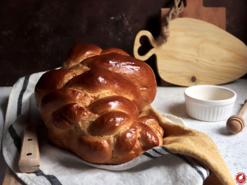 La Mozzarella In Carrozza - Challah bread