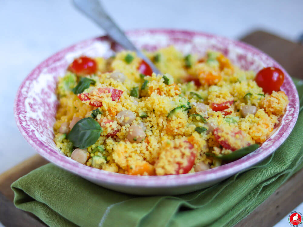 La Mozzarella In Carrozza - Corn cous cous with chickpeas and vegetables, a gluten free and vegan recipe