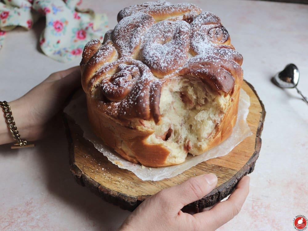 La Mozzarella In Carrozza - Rose cake