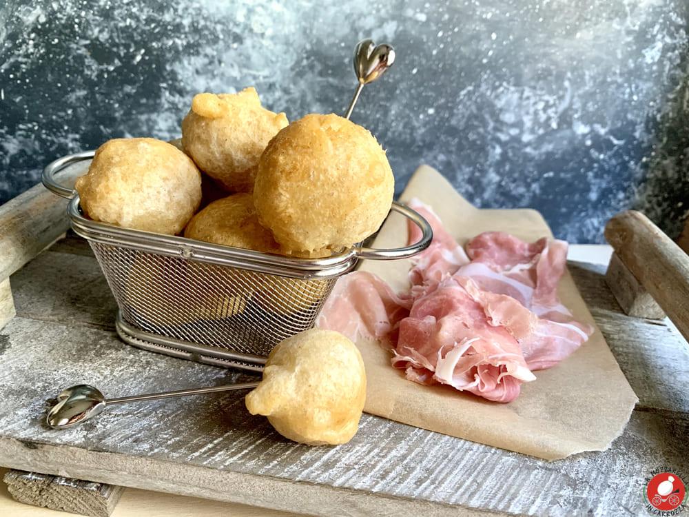 La Mozzarella in Carrozza - Savory Zeppoline