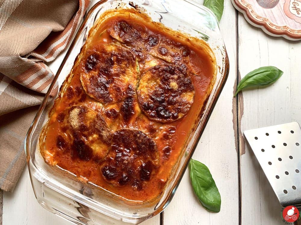 La Mozzarella in Carrozza - Parmigiana rossa di zucchine