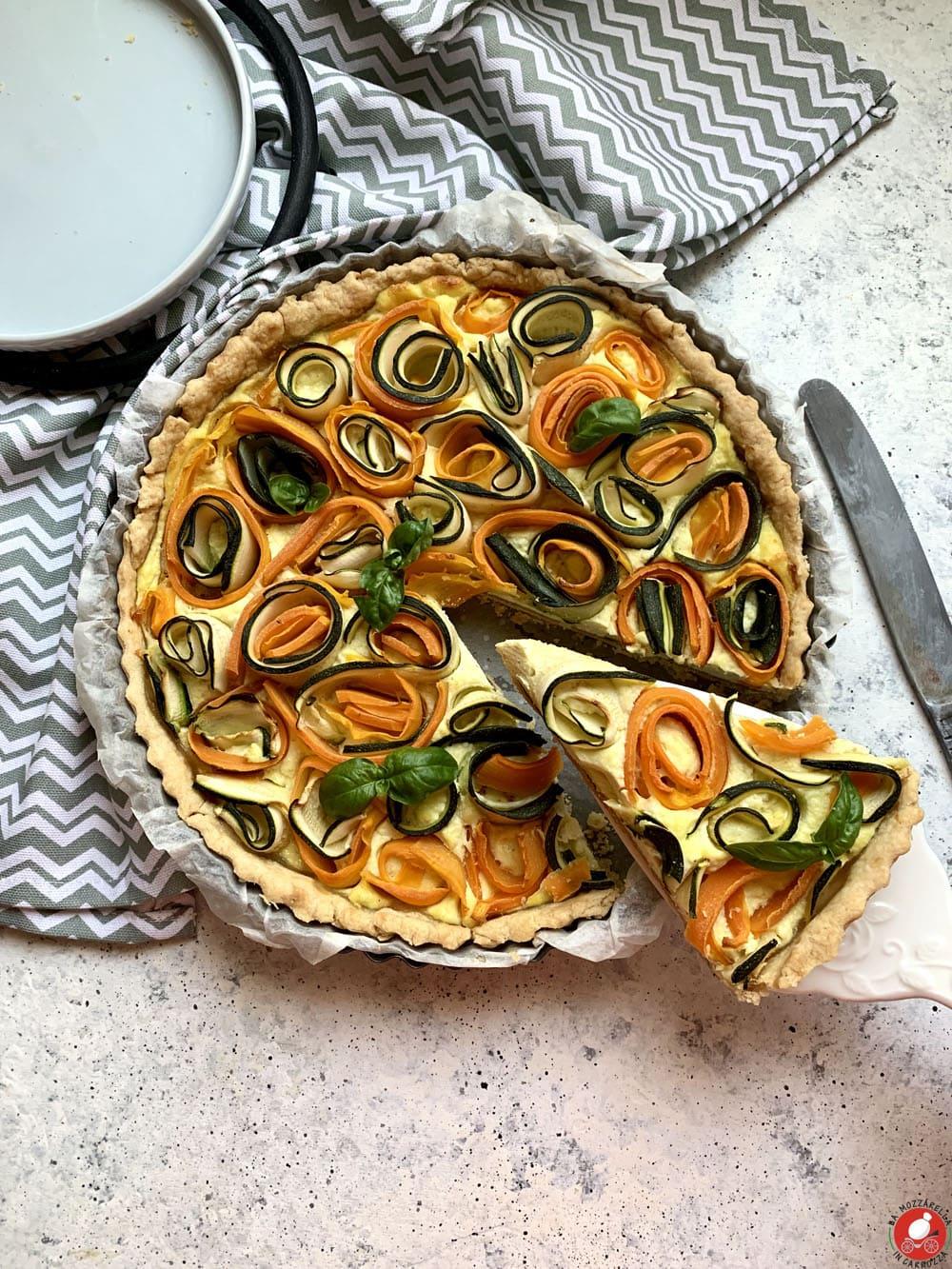 La Mozzarella in Carrozza - Torta salata con rose di zucchine e carote