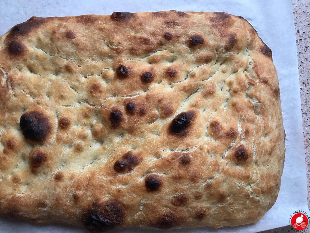 La Mozzarella In Carrozza - 80% Hydration Focaccia