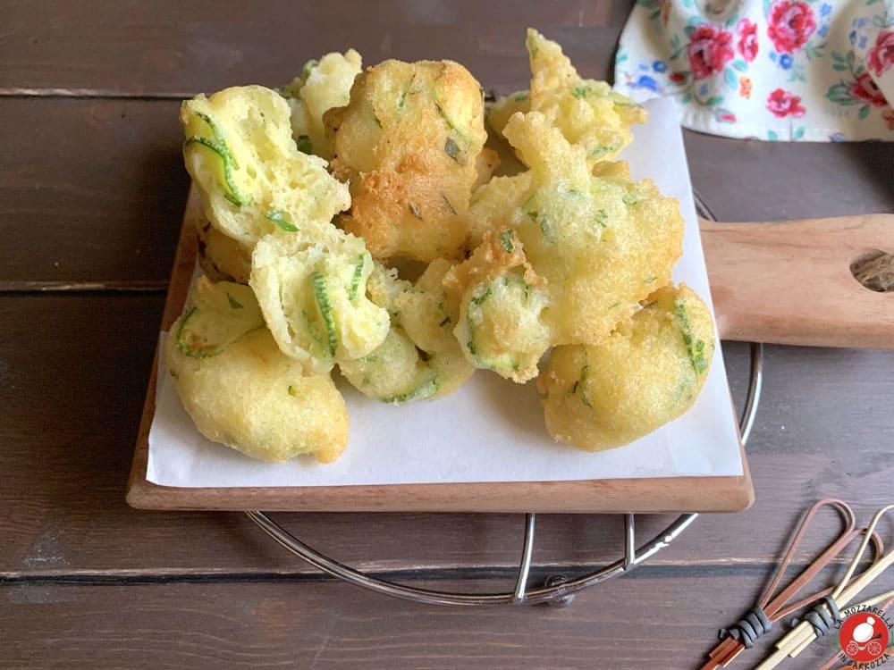 La Mozzarella In Carrozza - Zucchini fritters