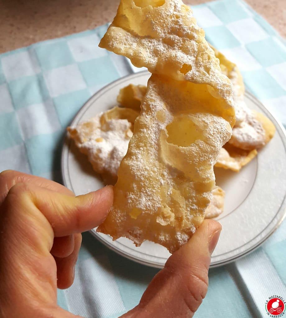 La Mozzarella in Carrozza - Chiacchere